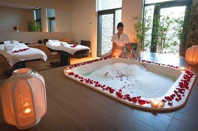3-your-romantic-spa-escape